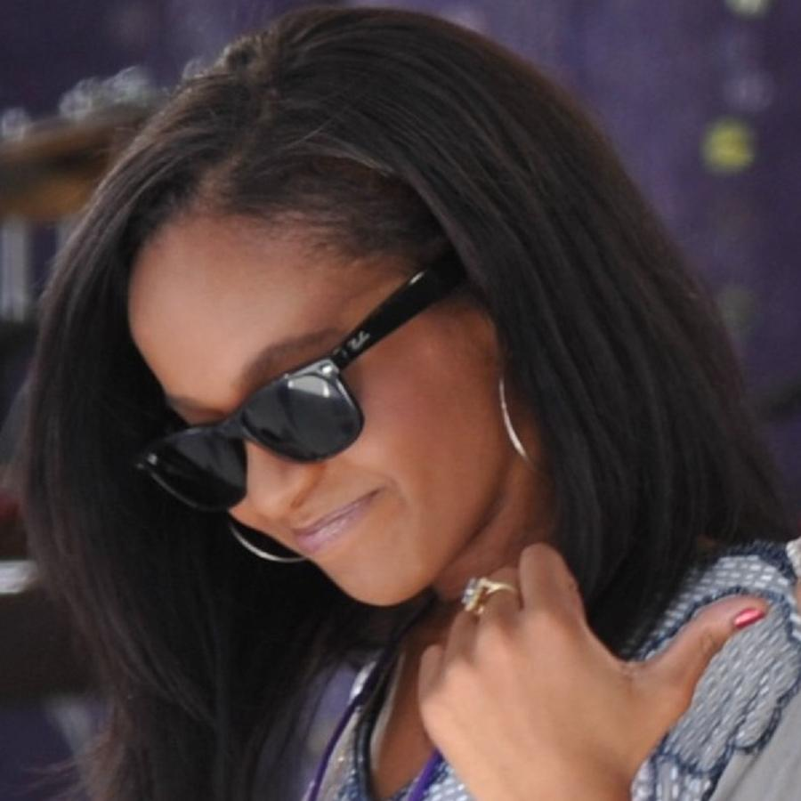 Bobbi Kristina Brown Bio, Net Worth, Facts