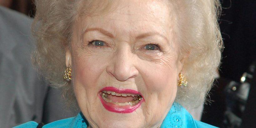 Betty White Bio, Net Worth, Facts