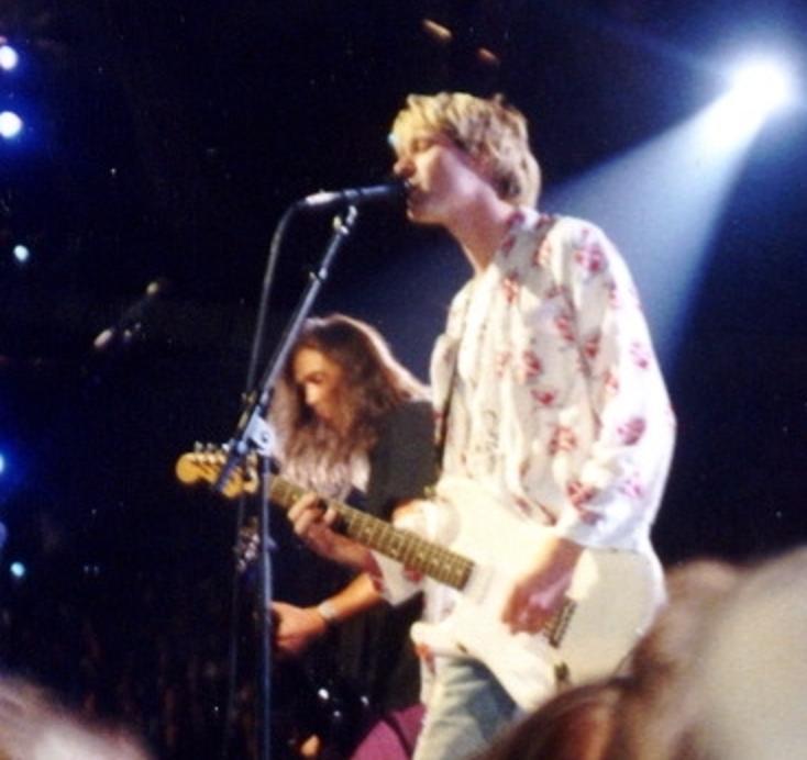 Kurt Cobain Bio, Net Worth, Facts