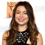 Miranda Cosgrove Biography