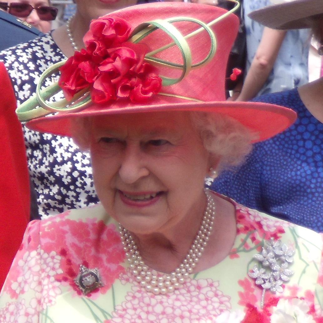 Queen Elizabeth II Bio, Net Worth, Facts