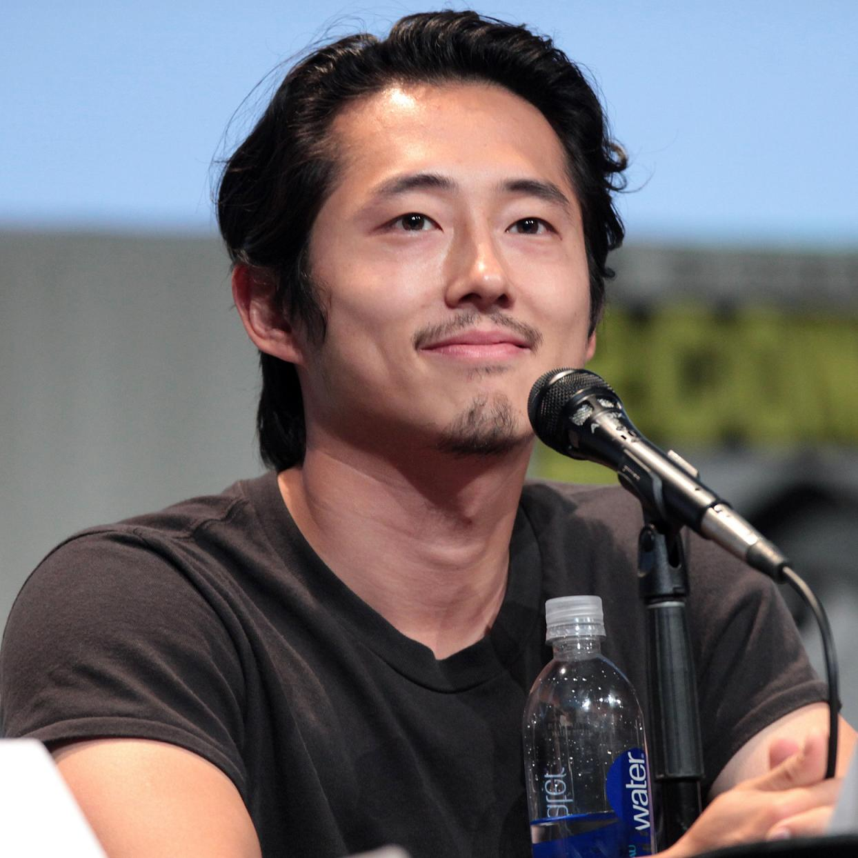 Steven Yeun Bio, Net Worth, Facts