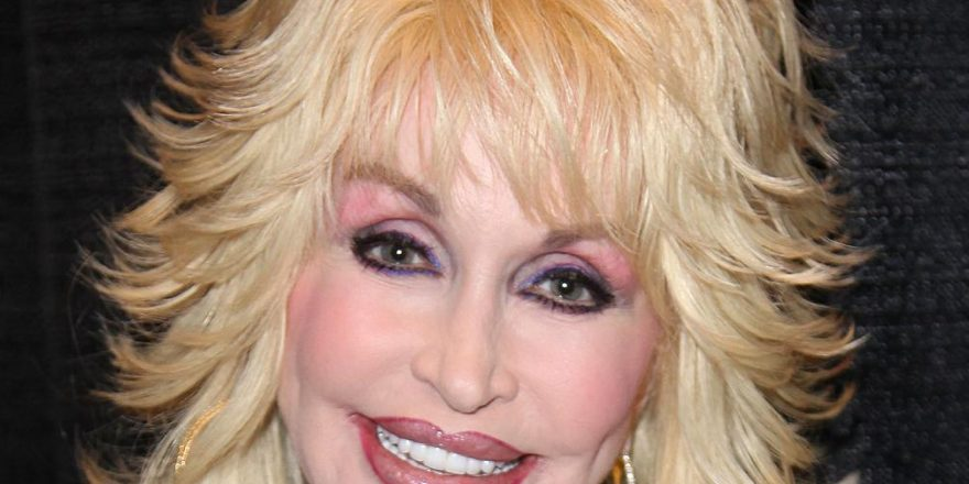 Dolly Parton Bio, Net Worth, Facts