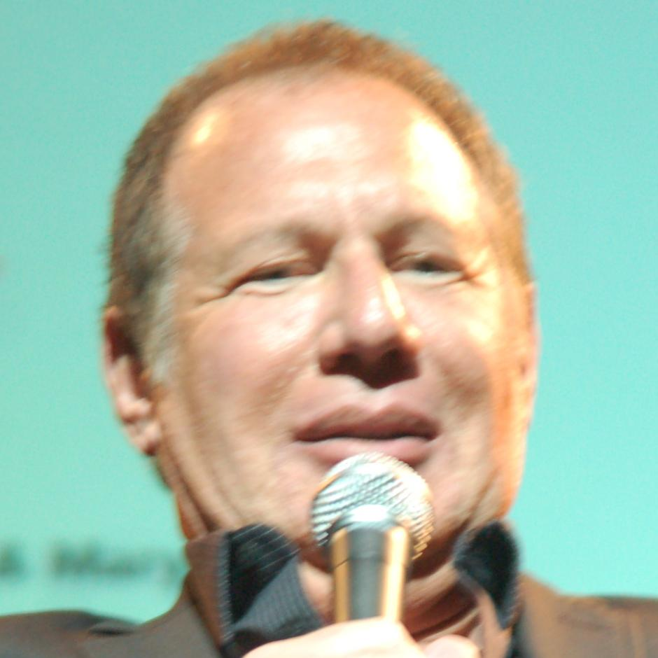 Garry Shandling Bio, Net Worth, Facts
