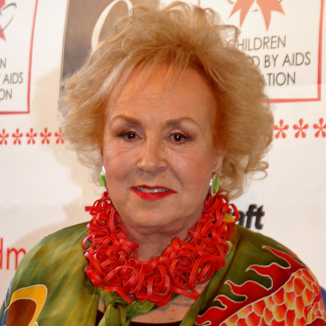 Doris Roberts Bio, Net Worth, Facts