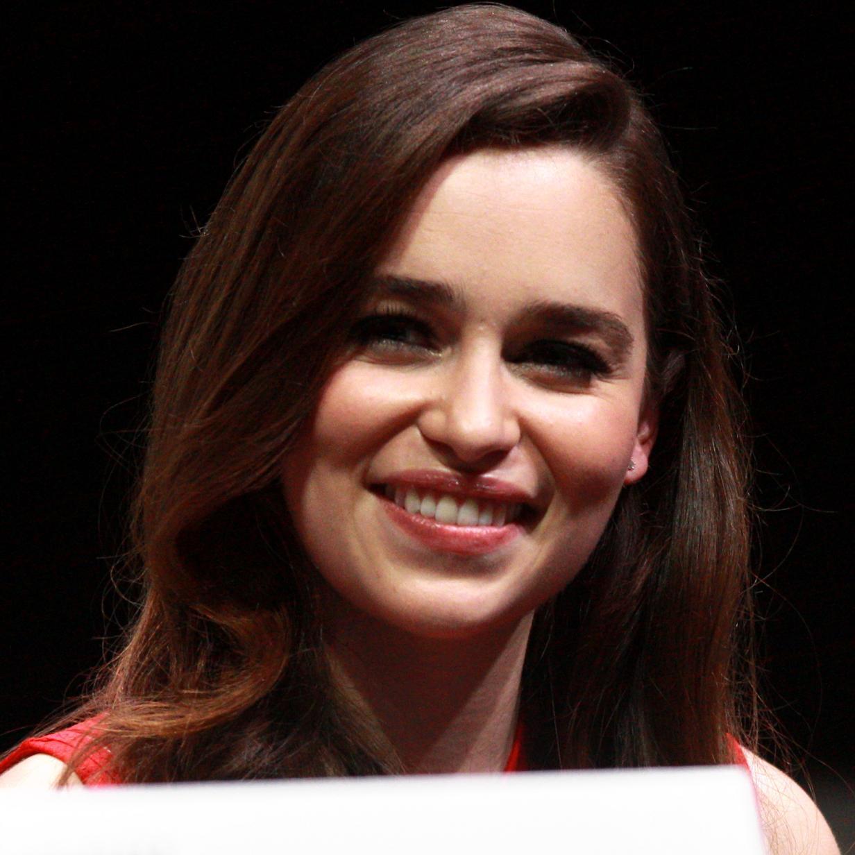 Emilia Clarke Bio, Net Worth, Facts