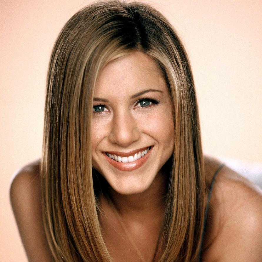 Jennifer Aniston Biography - Goodread Biography | Official Bio
