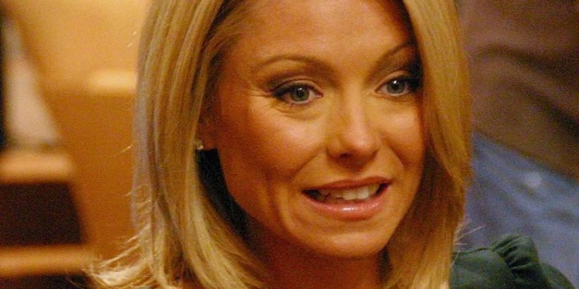 Kelly Ripa Bio, Net Worth, Facts