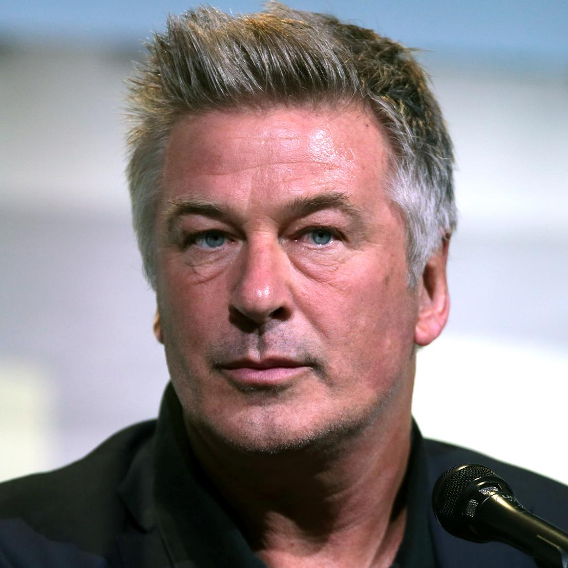 Alec Baldwin Bio, Net Worth, Facts