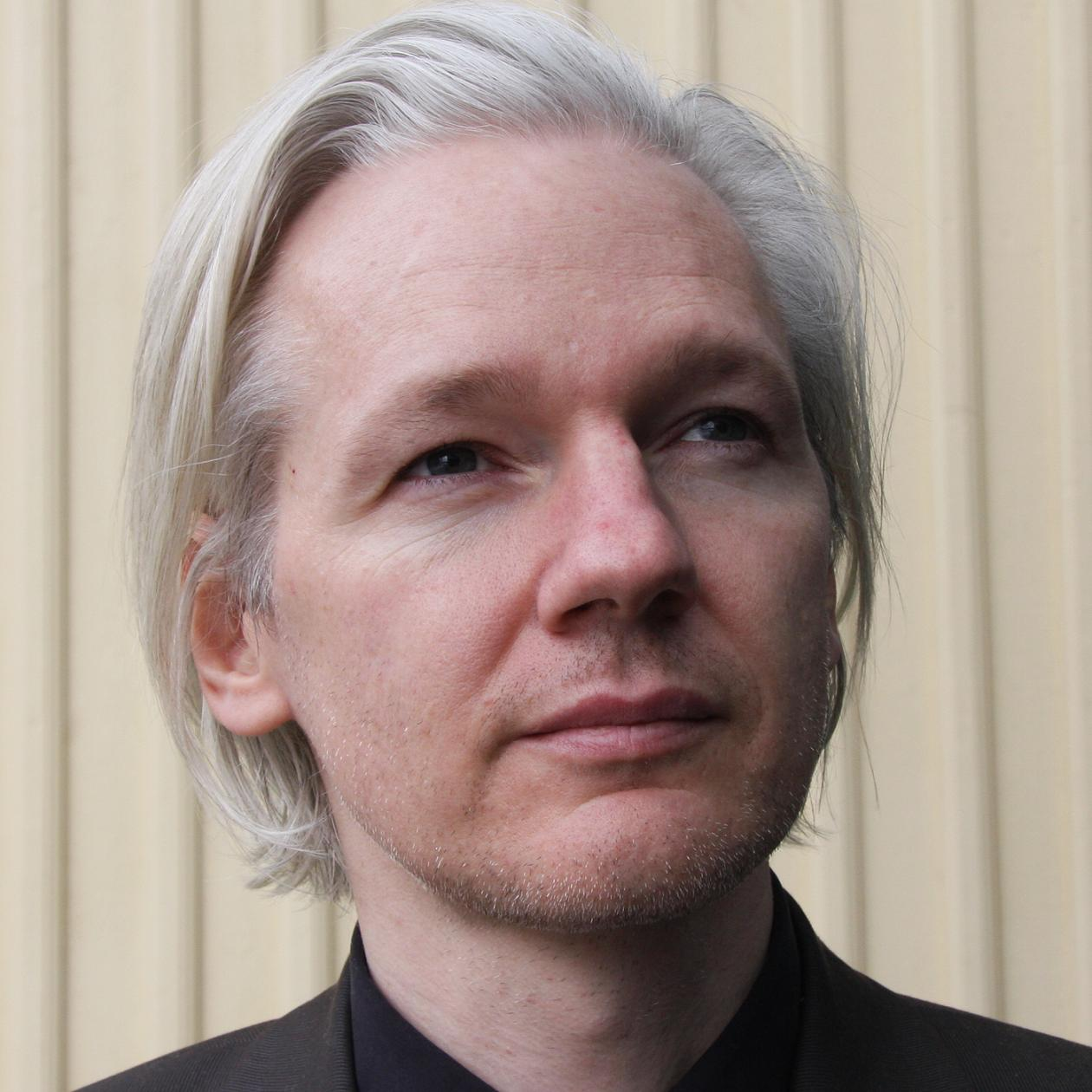 Julian Assange Bio, Net Worth, Facts