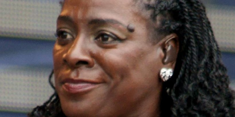 Sharon Jones Bio, Net Worth, Facts