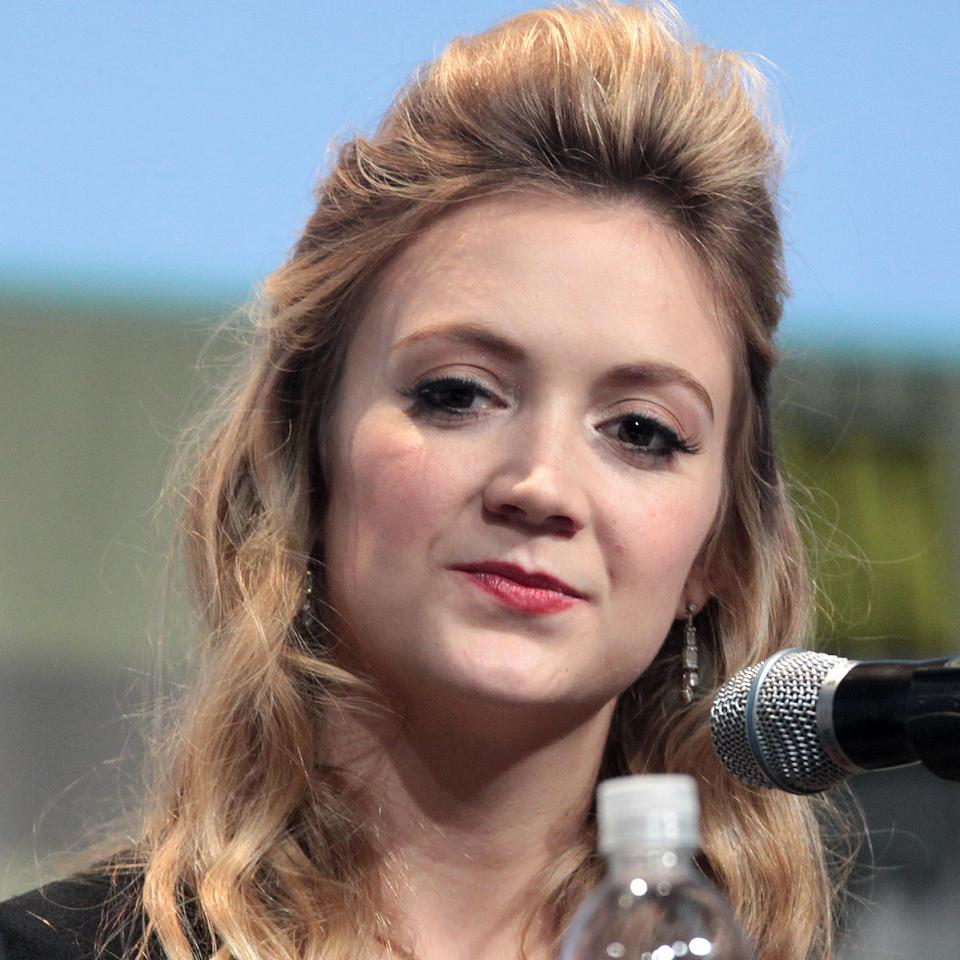 Billie Lourd Bio, Net Worth, Facts