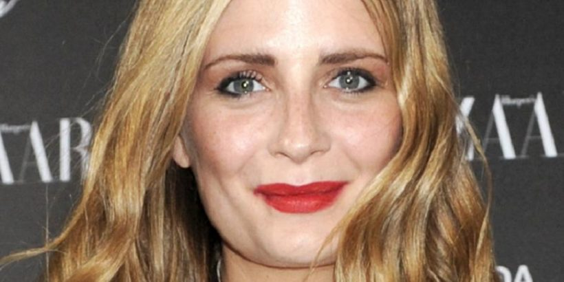 Mischa Barton Bio, Net Worth, Facts