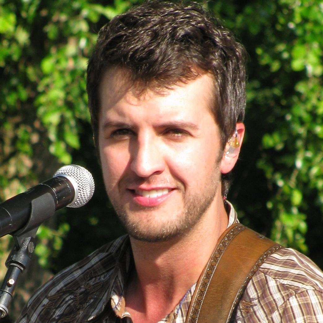 Luke Bryan Bio, Net Worth, Facts