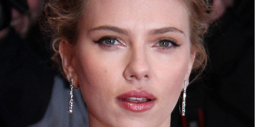 Scarlett Johansson Bio, Net Worth, Facts