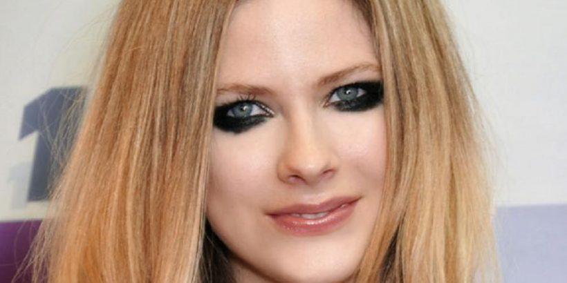 Avril Lavigne Bio, Net Worth, Facts