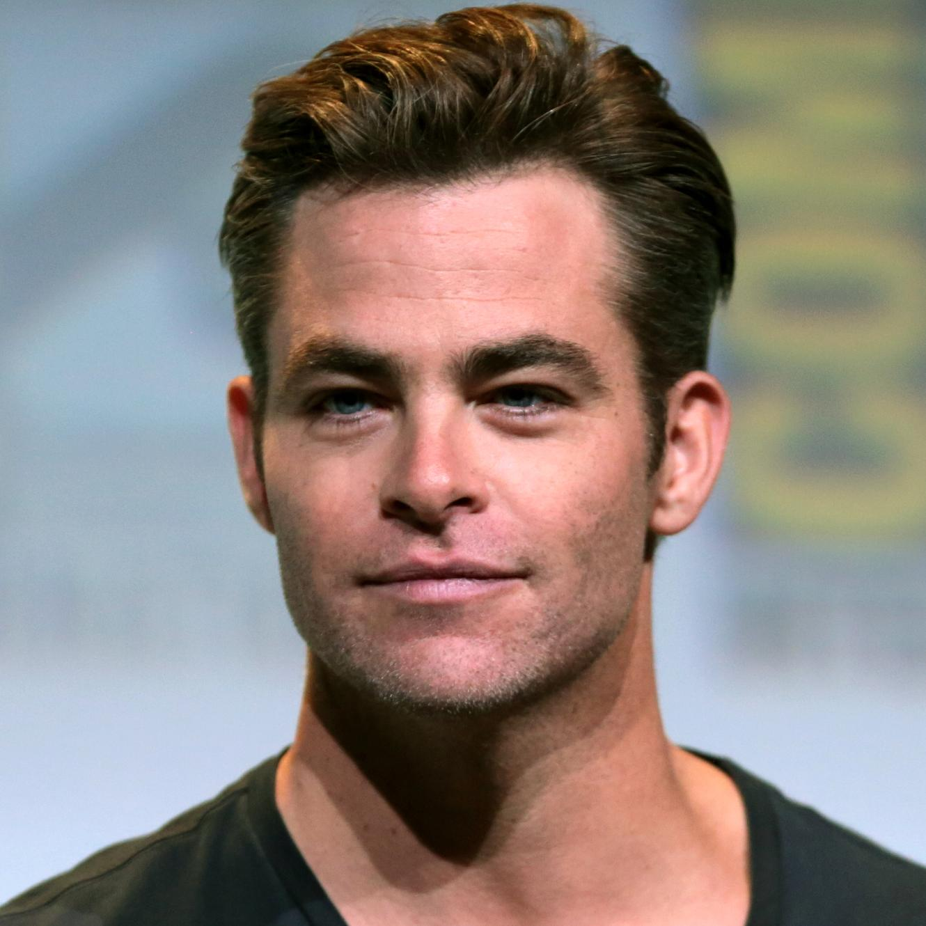 Chris Pine Bio, Net Worth, Facts
