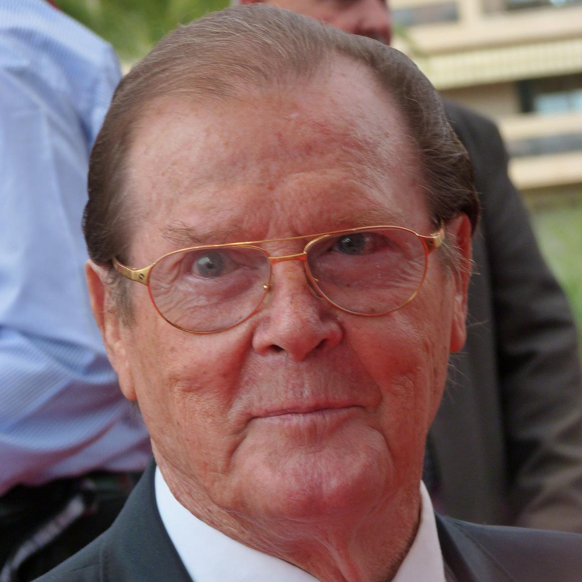 Roger Moore Bio, Net Worth, Facts