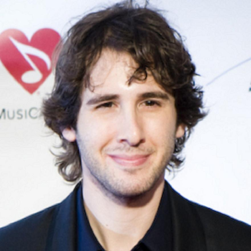 Josh Groban Bio, Net Worth, Facts