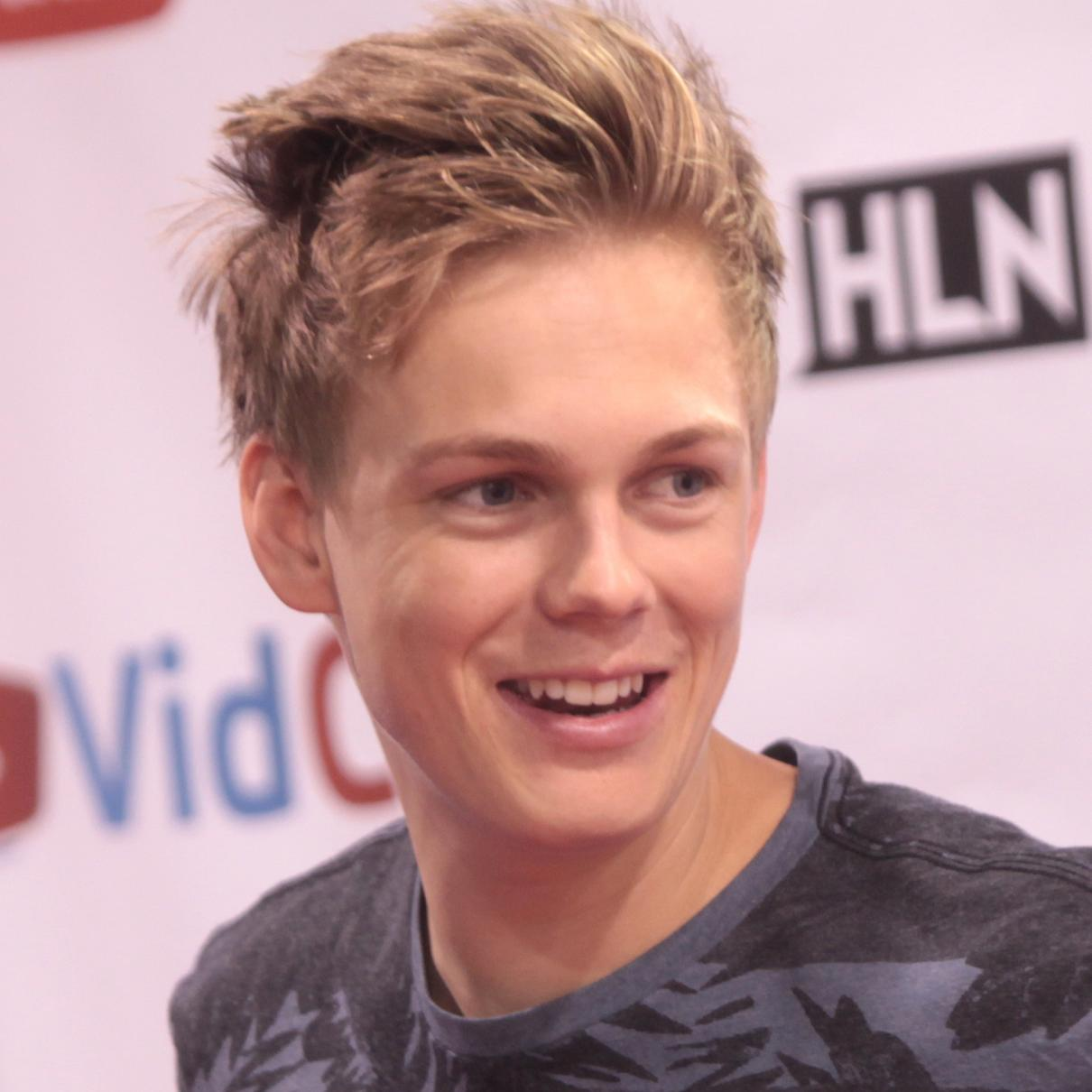 Caspar Lee Net Worth (2019), Height, Age, Bio and Facts