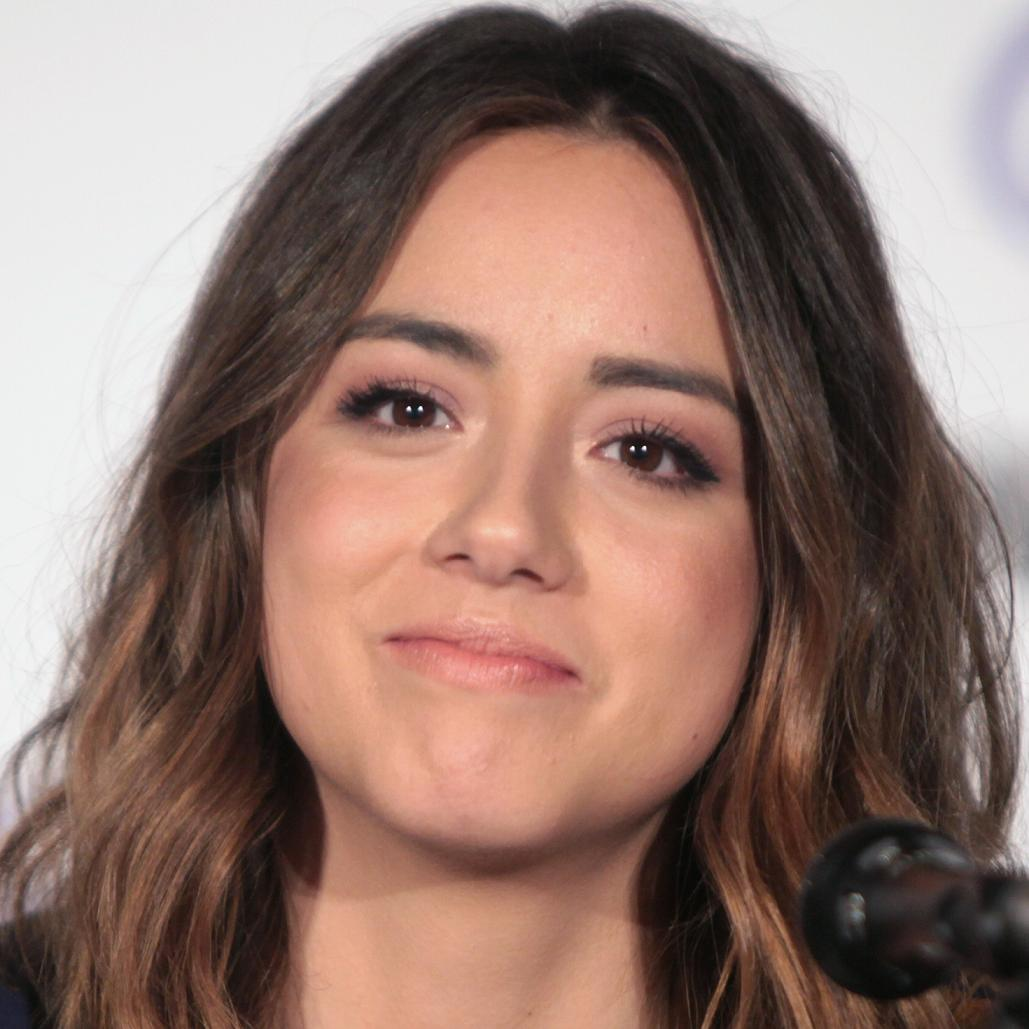 Chloe Bennet Net Worth (2019), Height, Age, Bio and Facts
