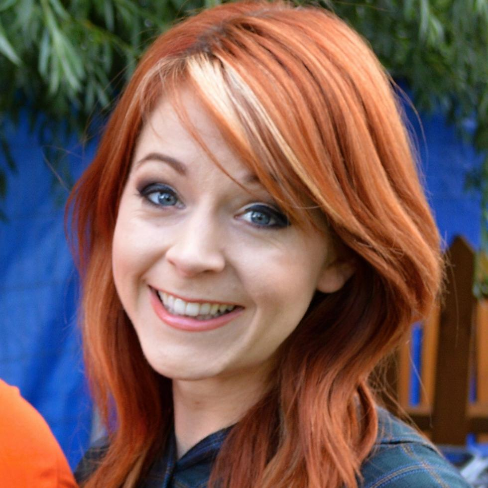 Lindsey Stirling Net Worth (2019), Height, Age, Bio and Facts