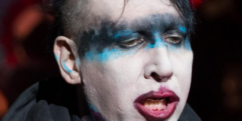 Marilyn Manson Bio, Net Worth, Facts