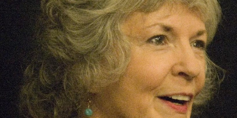 Sue Grafton Bio, Net Worth, Facts