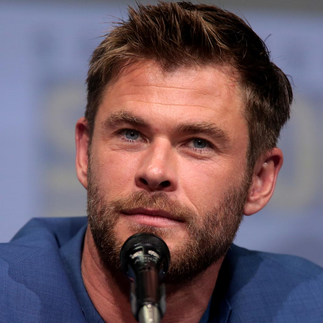 Chris Hemsworth Bio, Net Worth, Facts