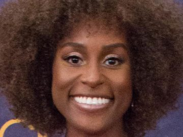 Issa Rae Net Worth 2021 Height Age Bio And Facts