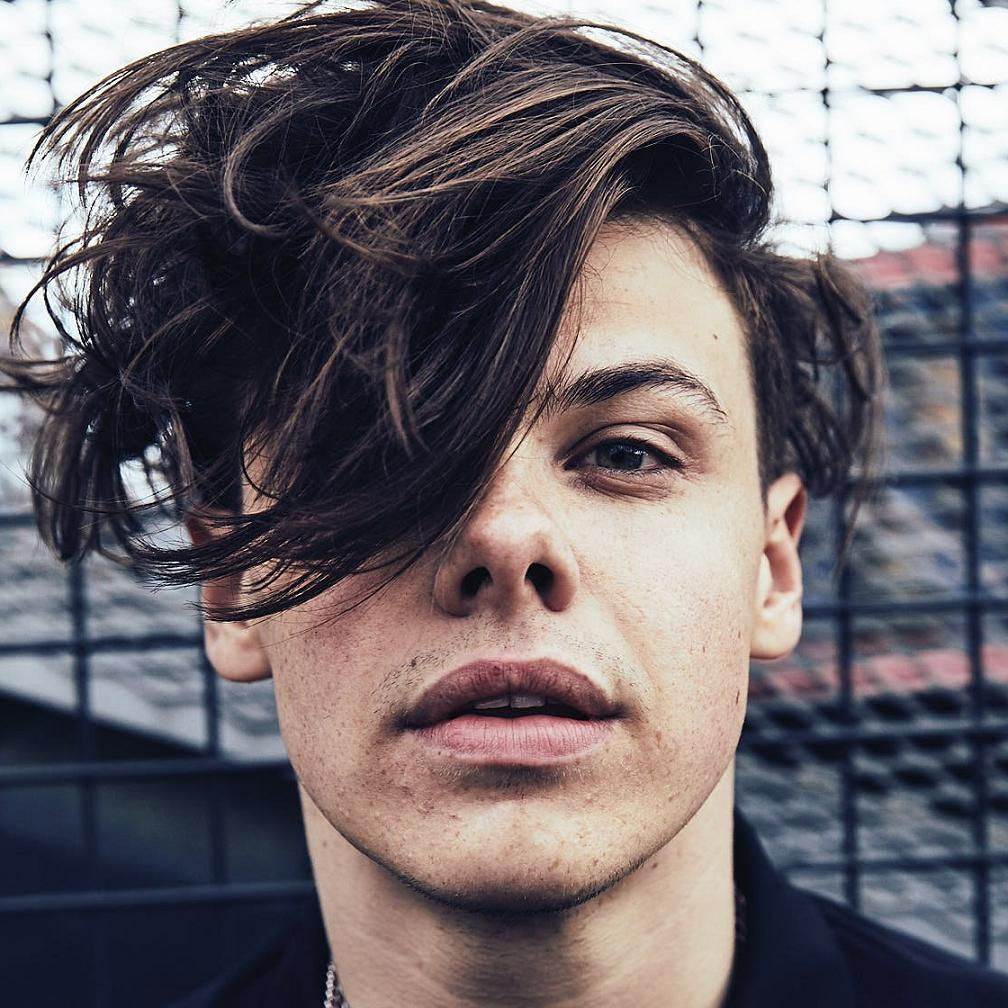 Yungblud Net Worth 2020 Height Age Bio And Real Name